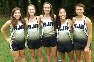 Returning runners step up the pace for women's cross-country team