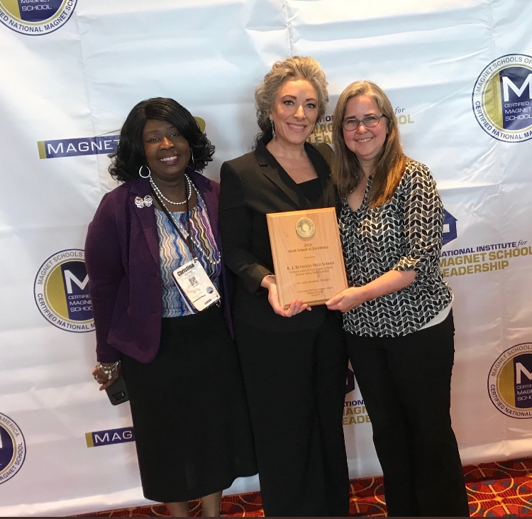 Reynolds receives School of Excellence award