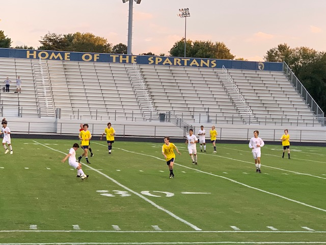 Boys soccer falls to rival Mount Tabor